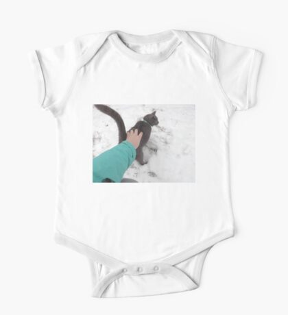 Cat in snow One Piece - Short Sleeve