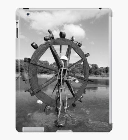 Fun Waterwheel - Monochrome iPad Case/Skin