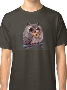 Owl and Mouse Classic T-Shirt