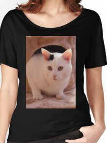 Black and White cat Women's Relaxed Fit T-Shirt