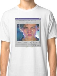 dicaprio crying  Classic T-Shirt