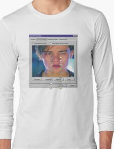dicaprio crying  Long Sleeve T-Shirt