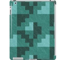 Green Diamond Pixels iPad Case/Skin