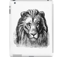 Vintage Lion Head Illustration Retro 1800s Black and White Image iPad Case/Skin