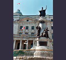 Statue Francois-Xavier de Montmorency-Laval Unisex T-Shirt