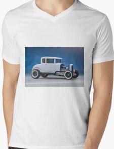 1930 Ford 'Classic Hot Rod' Coupe Mens V-Neck T-Shirt
