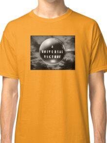 Universal - Old Logo Classic T-Shirt