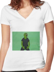 'Just Do It' Pepe Women's Fitted V-Neck T-Shirt