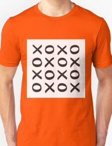 XO print black on white Unisex T-Shirt