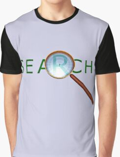 magnifying glass in a gold frame with a wooden handle Graphic T-Shirt