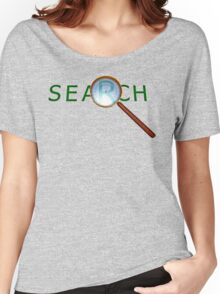magnifying glass in a gold frame with a wooden handle Women's Relaxed Fit T-Shirt