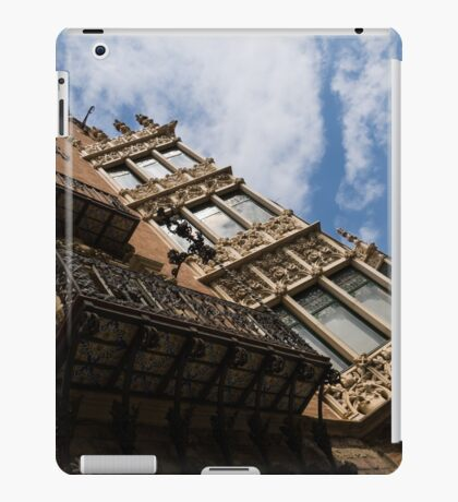 Barcelona's Marvelous Architecture - Avenue Diagonal Facade iPad Case/Skin