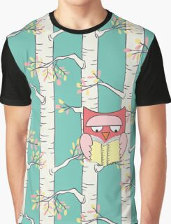 Reading Owl Graphic T-Shirt