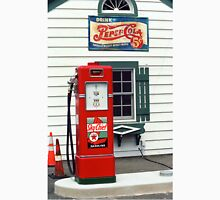 Route 66 - Illinois Vintage Pump Unisex T-Shirt
