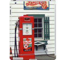 Route 66 - Illinois Vintage Pump iPad Case/Skin