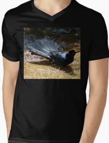 Mischievious Splashing GRackle CROW in the Water Mens V-Neck T-Shirt