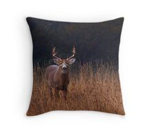 In Autumns Fields - White-tailed deer Throw Pillow