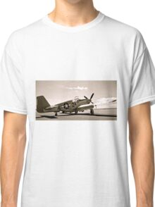 Tuskegee P-51 Mustang Vintage Fighter Plane Classic T-Shirt