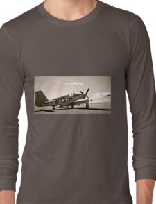 Tuskegee P-51 Mustang Vintage Fighter Plane Long Sleeve T-Shirt