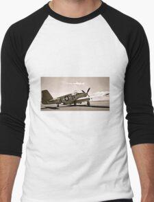 Tuskegee P-51 Mustang Vintage Fighter Plane Men's Baseball ¾ T-Shirt