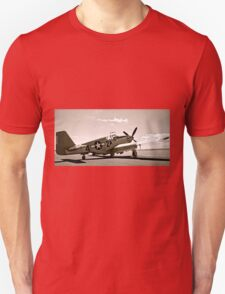 Tuskegee P-51 Mustang Vintage Fighter Plane T-Shirt