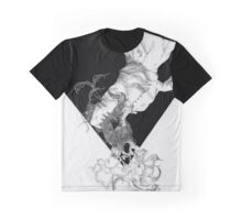 Winding Graphic T-Shirt