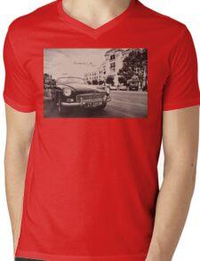 Black convertible MG Mens V-Neck T-Shirt