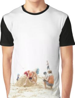 Christmas Day on the beach Graphic T-Shirt