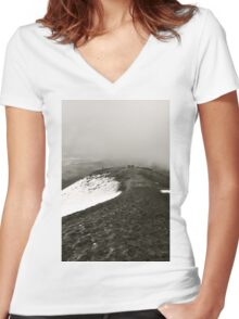 Looking Back on Cotopaxi Women's Fitted V-Neck T-Shirt