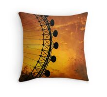 London Eye silhouette High contrast Throw Pillow