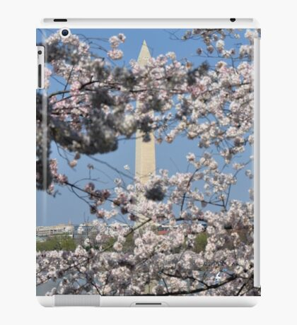 The Washington Monument and The National Cherry Blossoms iPad Case/Skin