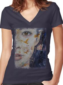 Geisha Women's Fitted V-Neck T-Shirt
