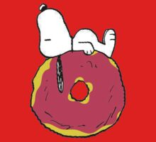 snoopy love donuts Baby Tee