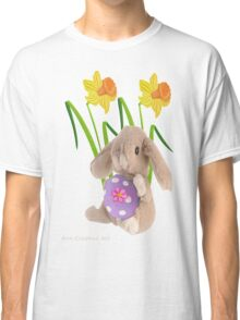 Rabbit with Easter egg Classic T-Shirt