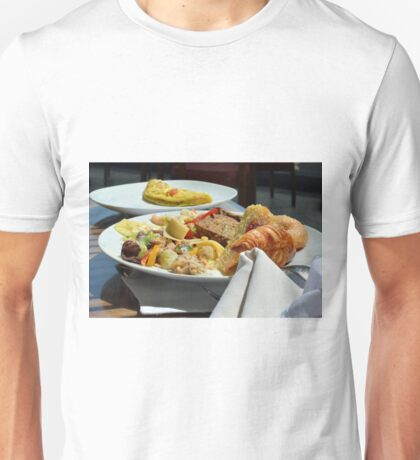 Healthy breakfast with omelette, vegetables and croissant. Unisex T-Shirt