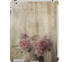 Afternoon visitor ... iPad Case/Skin