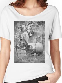 Quatermass and the,Pit TV Design Women's Relaxed Fit T-Shirt