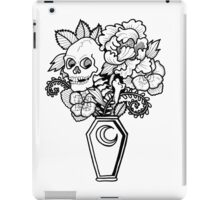 Bouquet Decay: Memento Mori iPad Case/Skin