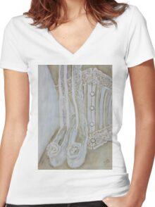 White corset Women's Fitted V-Neck T-Shirt