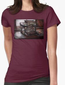 Steampunk - Typewriter - A really old typewriter  Womens Fitted T-Shirt