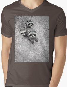 Which One Is The Cutest? Mens V-Neck T-Shirt