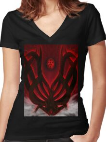 ten tail Women's Fitted V-Neck T-Shirt