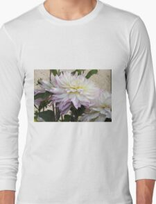 Creamy Dahlias With Lavender Fringed Petals Long Sleeve T-Shirt