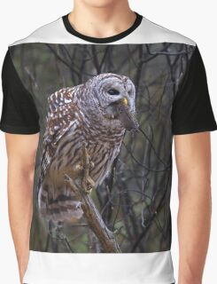 Barred Owl with vole Graphic T-Shirt