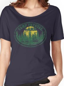 Camp Crystal Lake Retro Distressed Women's Relaxed Fit T-Shirt