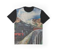 Jacobite Steam train over Glenfinnan viaduct Graphic T-Shirt