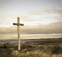 Island cross by Robert  Taylor
