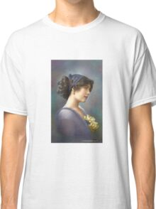 Colorized Vintage Young Beauty V Classic T-Shirt