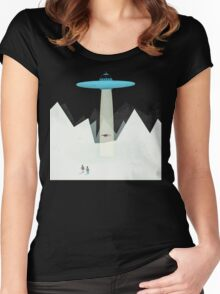 KIDNAPPED BY ALIENS Women's Fitted Scoop T-Shirt