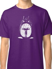 cute raining umbrela totoro Classic T-Shirt